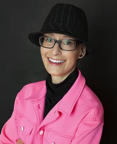 Lisa de Nikolits